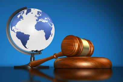 Law and World (Gavel)